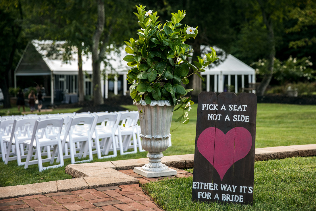 Summer wedding at Chestnut Hill, VA